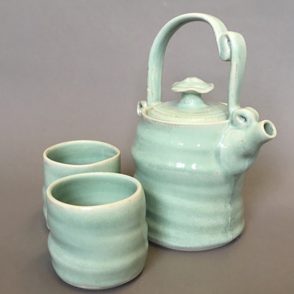 mint tea pot